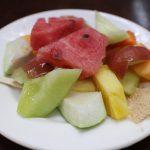 珍果冰果室 華西街観光夜市の老舗で季節のフルーツを盛り合わせ!総合水果物を味わう!